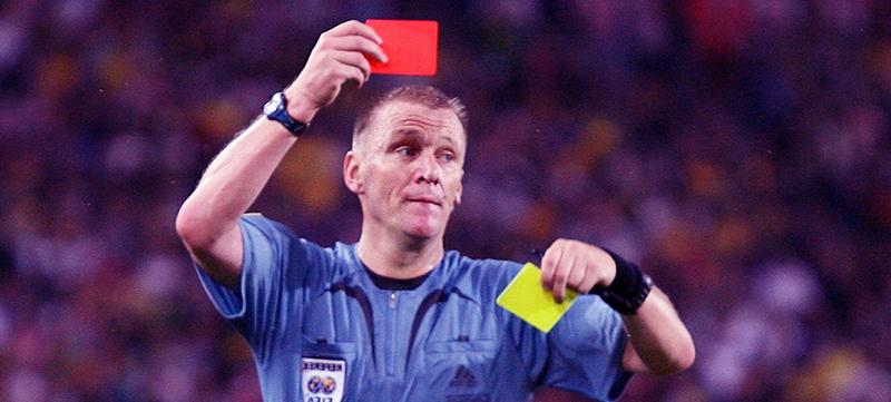 futbol tarjeta roja amarilla